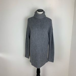Lovers + Friends Gray Turtleneck Sweater Small